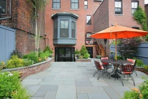 Charlestown-Deck-and-Yard
