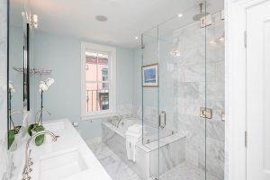 S-End-Bathroom